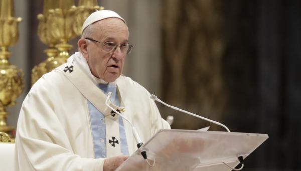 Το κουτσομπολιό είναι χειρότερο από τον κορονοϊό, λέει ο Πάπας